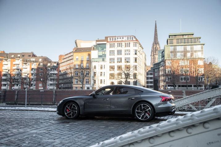 fenntartható gyártásból származnak az Audi e-tron GT alumínium kerekei