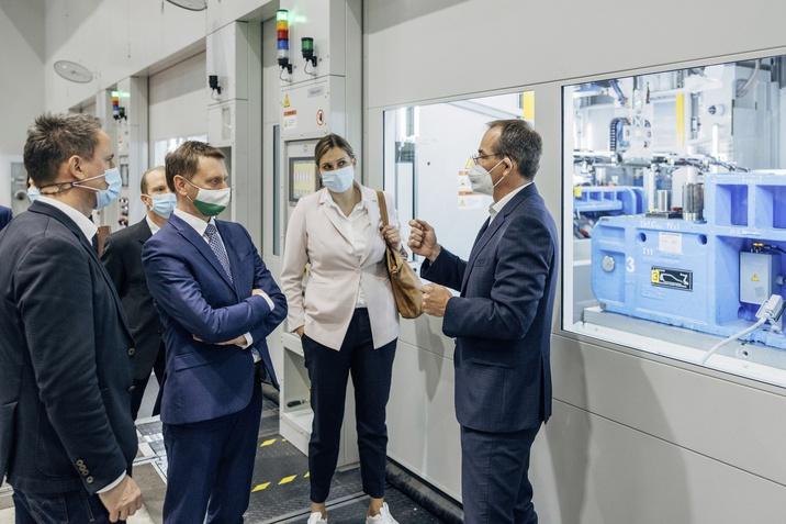 Présüzem bővítése: a Volkswagen 9000-rel csökkenti a kamionutak számát a zwickaui elektromos gyártási telephelyre