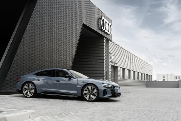 Számos piacon már elérhető az Audi e-tron GT – A semmi máshoz nem hasonlítható Gran Turismo